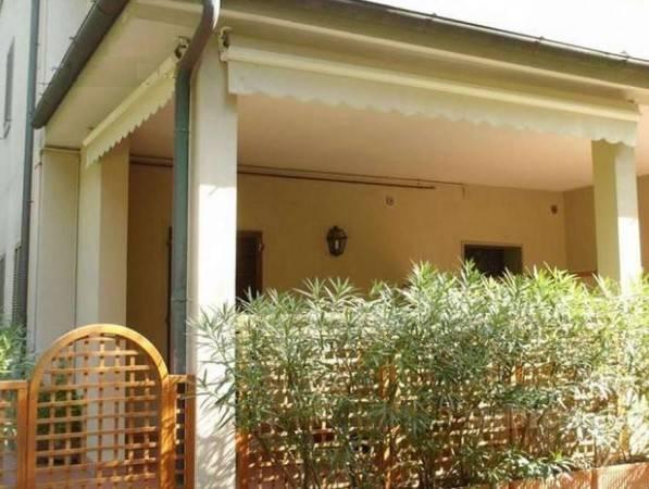 Appartamento in vendita a Pietrasanta, 2 locali, prezzo € 359.000 | CambioCasa.it