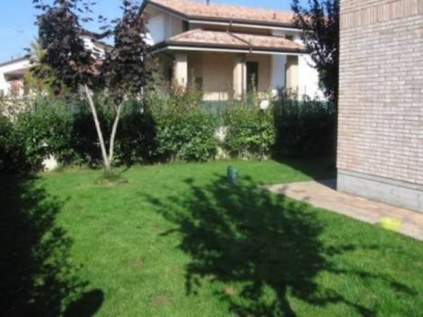 Recente Appartamento al piano terra con ingresso indipendente e Giardino privato: