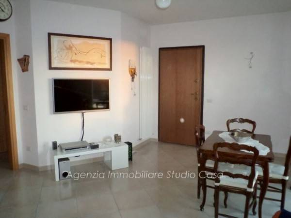 Appartamento in ottime condizioni in vendita Rif. 4173850