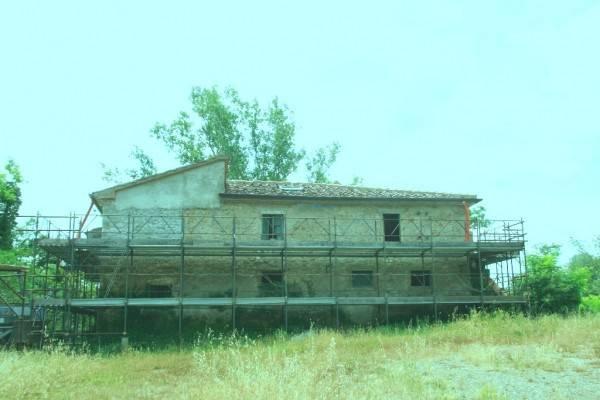 Rustico in Vendita a Arezzo Periferia Ovest: 5 locali, 430 mq