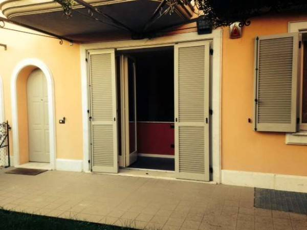 Appartamento in ottime condizioni in vendita Rif. 4313951