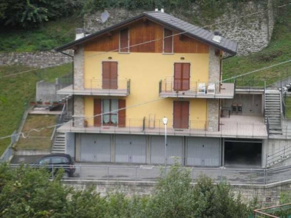 Appartamento in vendita a Averara, 3 locali, prezzo € 95.000 | PortaleAgenzieImmobiliari.it