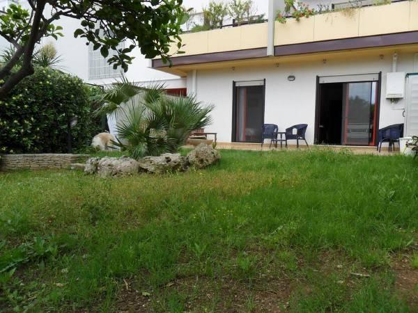 Appartamento in buone condizioni in vendita Rif. 4247788