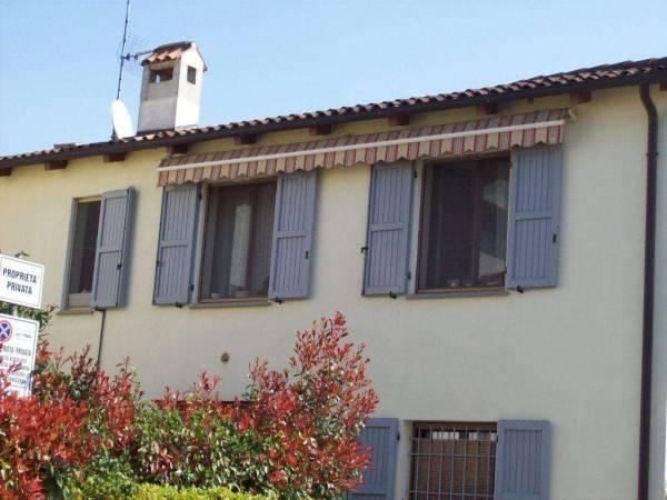 Appartamento in ottime condizioni arredato in vendita Rif. 8519863