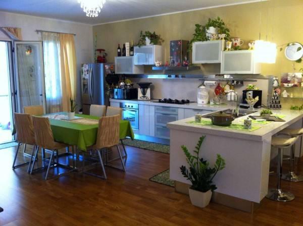 Appartamento in ottime condizioni arredato in vendita Rif. 4186383