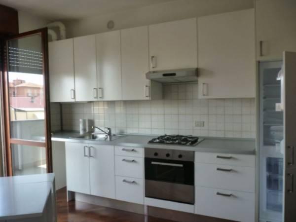 Appartamento in affitto a Lodi, 2 locali, prezzo € 550 | CambioCasa.it