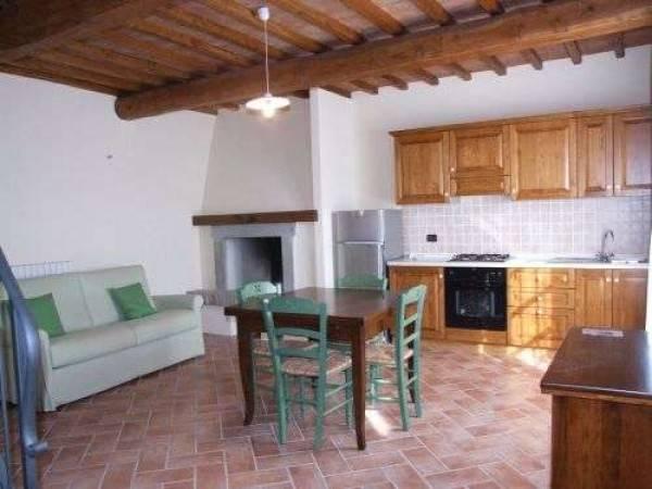 Appartamento in ottime condizioni arredato in vendita Rif. 8112129