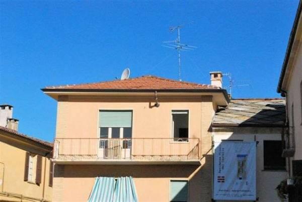 Appartamento in ottime condizioni in vendita Rif. 8777823