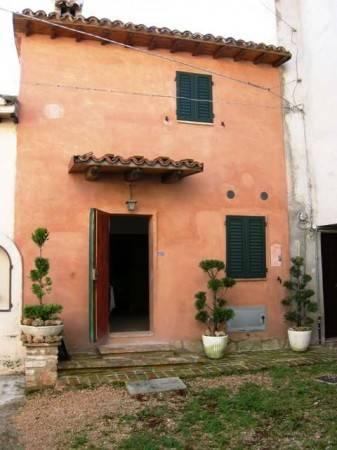 Casa Indipendente in ottime condizioni in vendita Rif. 4375049
