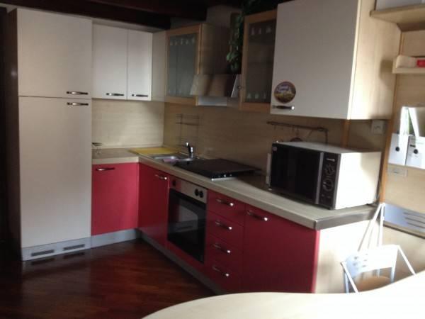 Appartamento in ottime condizioni arredato in affitto Rif. 4401202