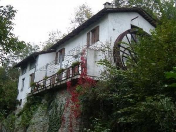 Rustico / Casale in vendita a Pinerolo, 4 locali, prezzo € 265.000 | CambioCasa.it