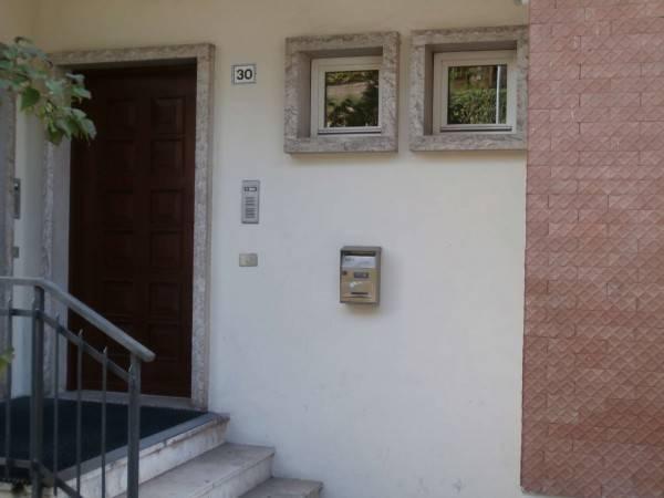 Appartamento in buone condizioni in vendita Rif. 4318185