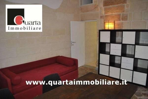 Appartamento in Affitto a Lecce Semicentro: 2 locali, 60 mq