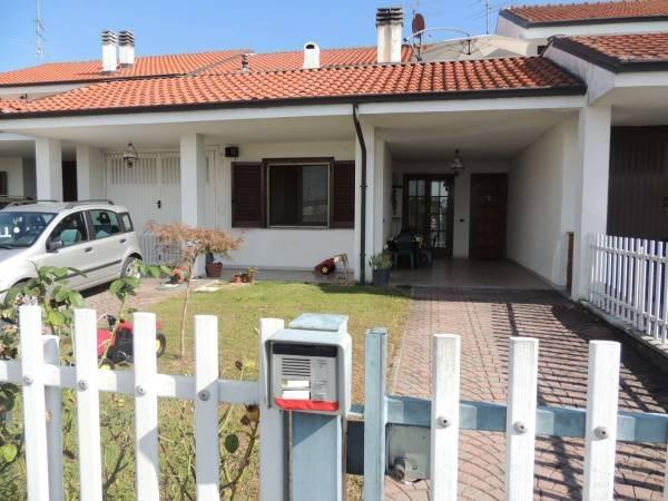 Villa in ottime condizioni in vendita Rif. 4408379