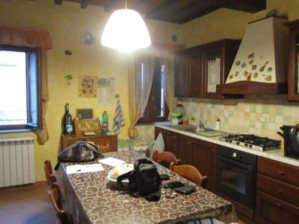Appartamento in ottime condizioni arredato in vendita Rif. 9015043