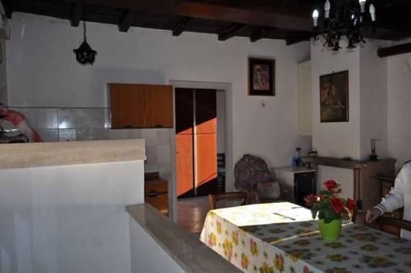 Appartamento in buone condizioni in vendita Rif. 4306032