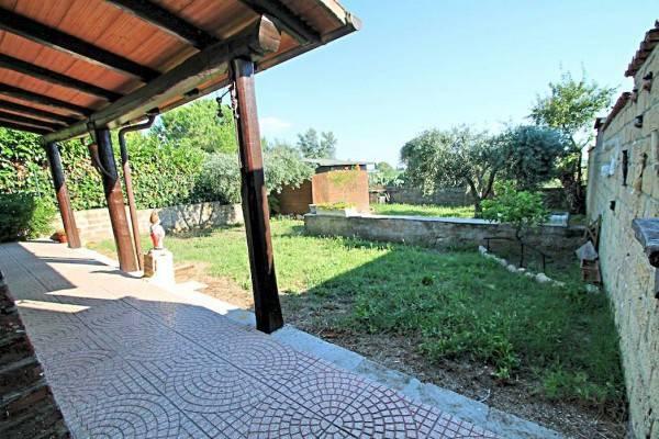 Casa Indipendente in buone condizioni arredato in vendita Rif. 4254566