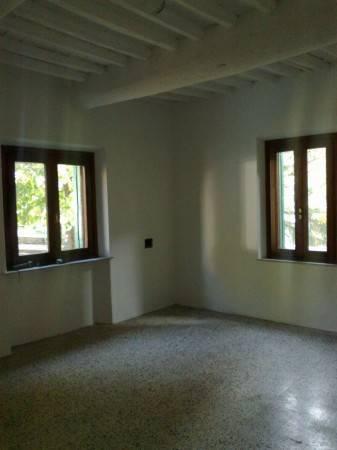 Casa indipendente in Vendita a Crespina Lorenzana: 5 locali, 123 mq
