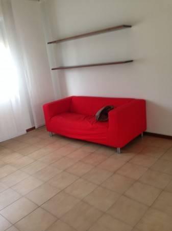 Appartamento in buone condizioni parzialmente arredato in affitto Rif. 4401209