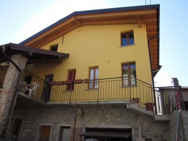 Soluzione Indipendente in vendita a Laveno-Mombello, 4 locali, prezzo € 185.000 | PortaleAgenzieImmobiliari.it