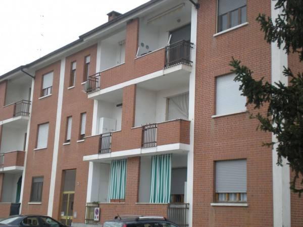 Appartamento in buone condizioni in vendita Rif. 5029232