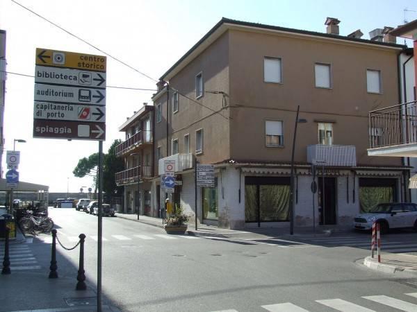 Stabile / Palazzo da ristrutturare in vendita Rif. 4925731