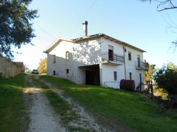 Casa Indipendente in buone condizioni parzialmente arredato in vendita Rif. 4228045