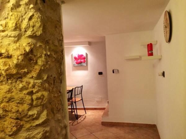 Appartamento in ottime condizioni arredato in vendita Rif. 4390124