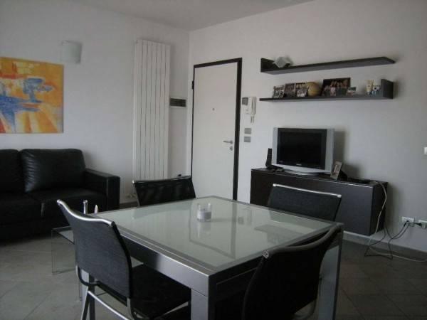 Appartamento in Affitto a Correggio Semicentro: 2 locali, 60 mq