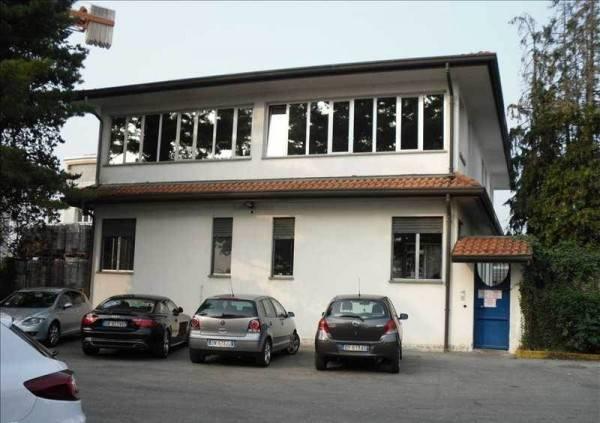 Stabile / Palazzo in vendita Rif. 4597191