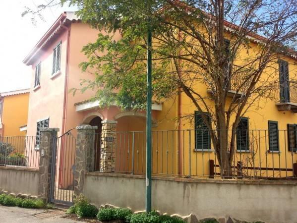 Villa a schiera trilocale in vendita a San Giovanni Suergiu (CI)