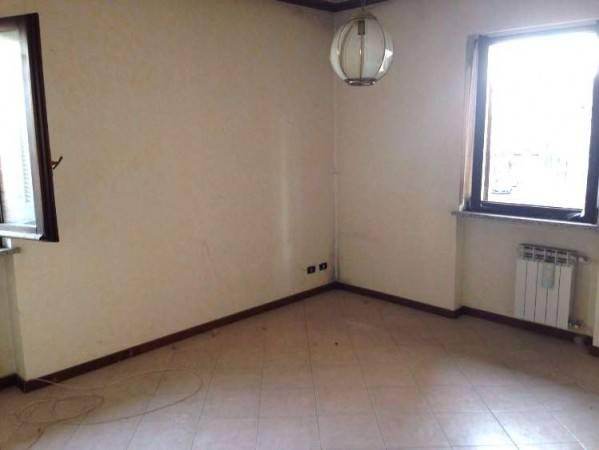 Appartamento in vendita via Vittorio Emanuele II 110 Borgo Ticino