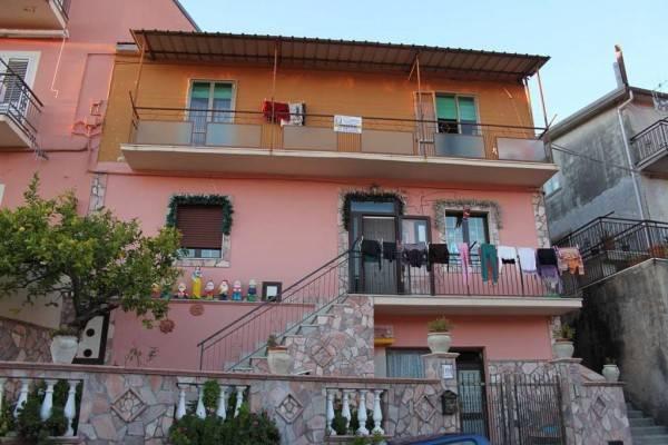Appartamento in buone condizioni in vendita Rif. 4300724