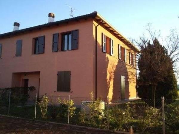 Villa in vendita via Casadio Argelato