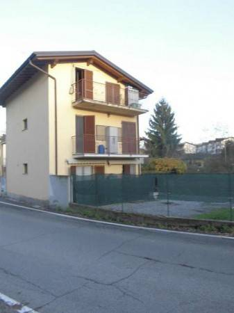 Appartamento in vendita a Olgiate Comasco, 3 locali, prezzo € 114.000   PortaleAgenzieImmobiliari.it