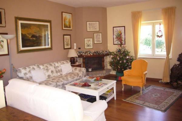 Casa Indipendente in ottime condizioni in vendita Rif. 4286707