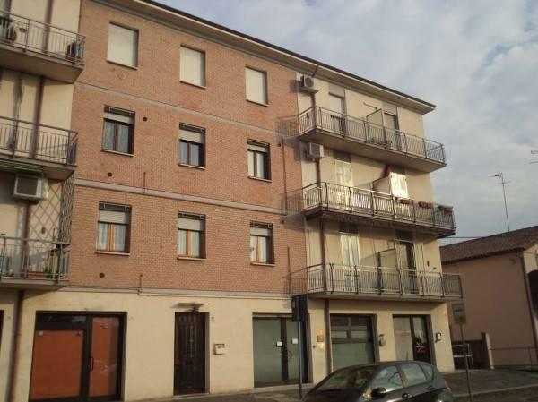 Appartamento in buone condizioni in vendita Rif. 6295081