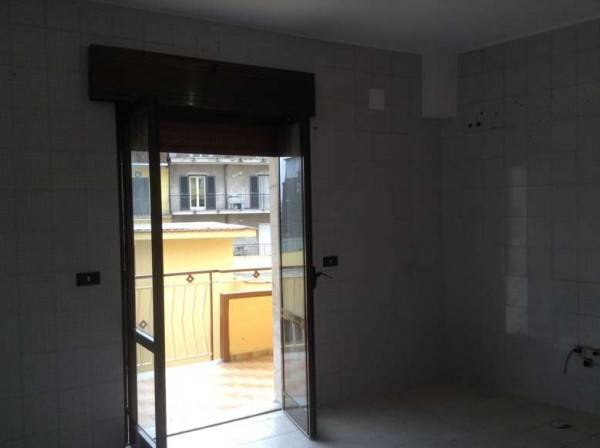 Appartamento in buone condizioni in affitto Rif. 4239618