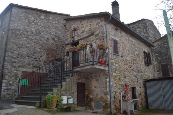 Casa indipendente in Vendita a Parrano Centro: 5 locali, 109 mq