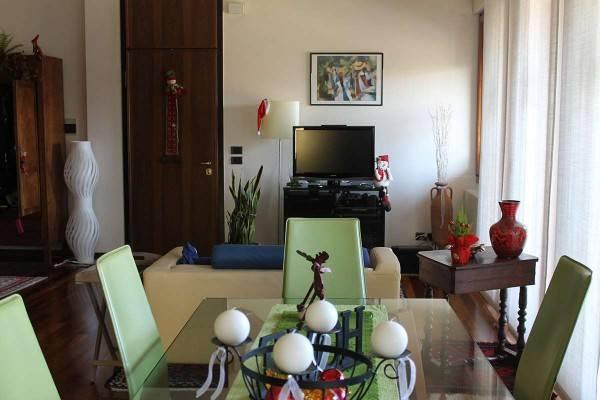 Appartamento in buone condizioni in vendita Rif. 4326570