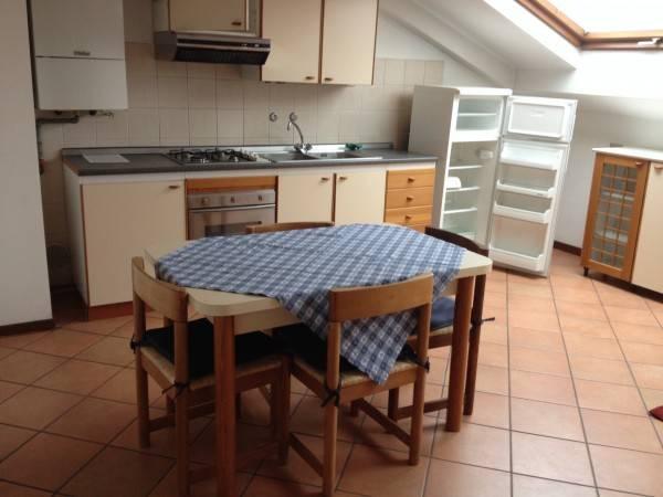 Appartamento in ottime condizioni arredato in affitto Rif. 4401220