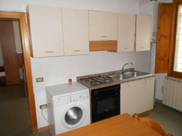Appartamento in buone condizioni arredato in affitto Rif. 4316839