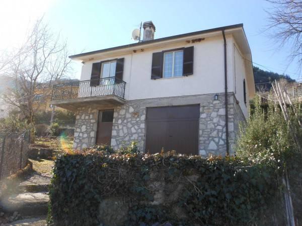 Villa in buone condizioni in vendita Rif. 8256531