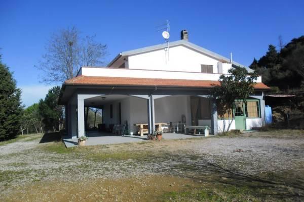 Rustico / Casale in buone condizioni arredato in vendita Rif. 4871285