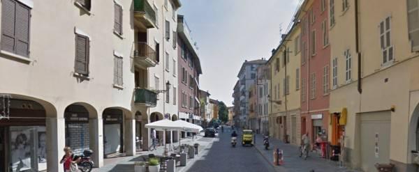 Appartamento in buone condizioni arredato in affitto Rif. 8575643