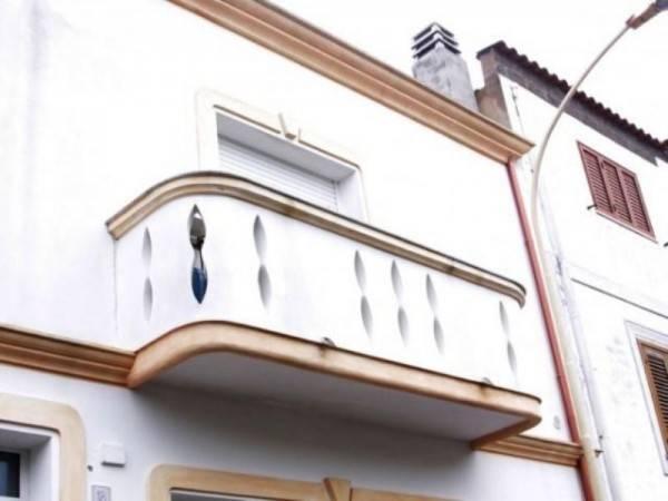 Appartamento in ottime condizioni arredato in affitto Rif. 4900936