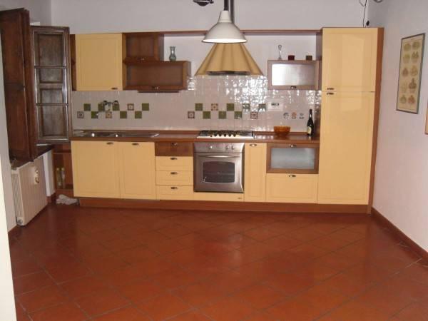 Appartamento in ottime condizioni parzialmente arredato in affitto Rif. 4468783