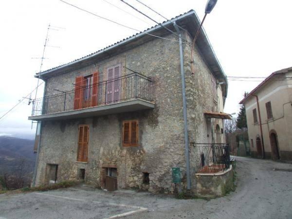 Belmonte in Sabina (RI) Prime Ville: Appartamento in paese