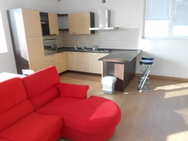 Appartamento trilocale in affitto a Adria (RO)