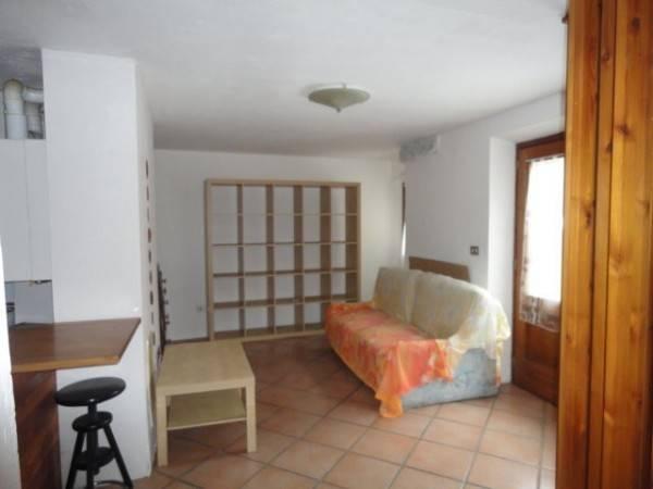 Appartamento in affitto a Verres, 2 locali, prezzo € 280 | CambioCasa.it